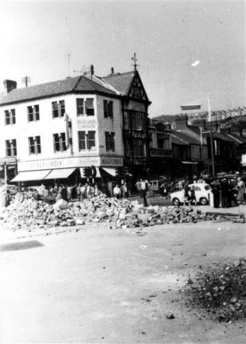 Union Street - Halfords' Corner